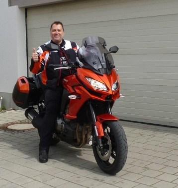 Oberschenkelamputiert Motorrad